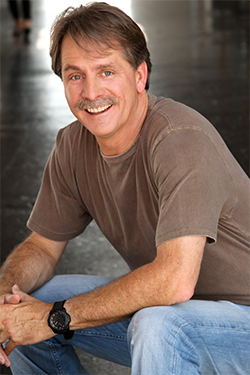 Jeff Foxworthy celebrates SHOT Show and Industry